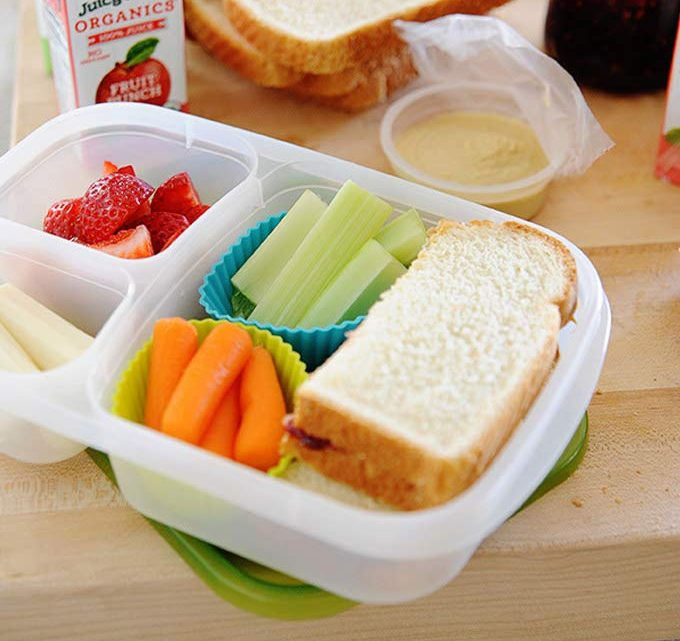 lunch box with silicone cups for healthy school lunches