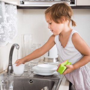 child cleaning with natural cleaning products