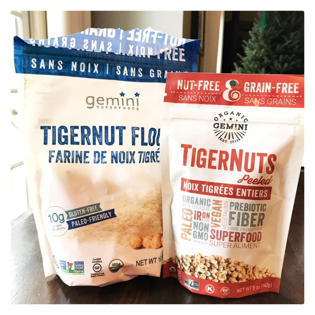 tiger nut flour and peeled tiger nuts