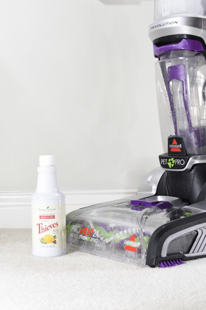 carpet cleaner machine with thieves cleaner